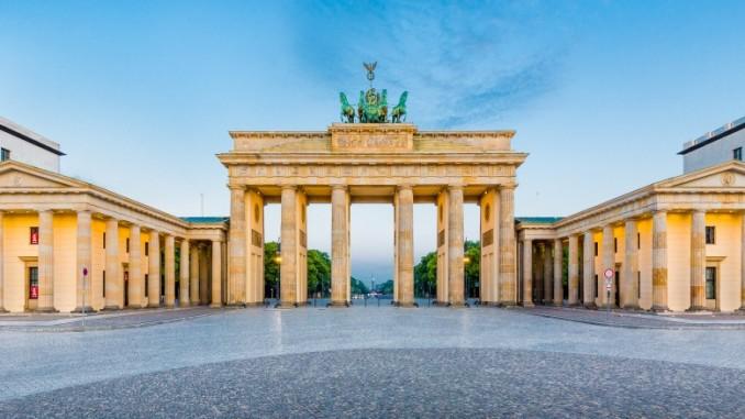 Brandenburger Tor Ist Das Wahrzeichen Von Berlin