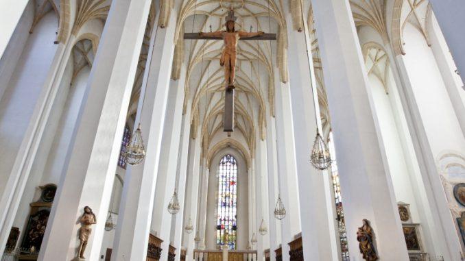frauenkirche-muenchen-von-innen