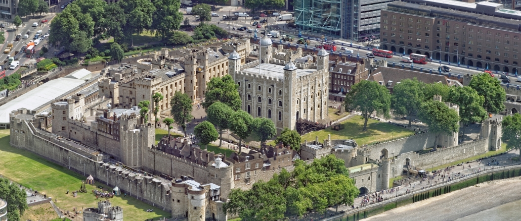 tower-of-london-panorama